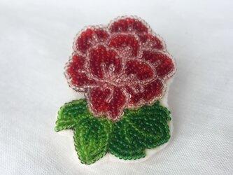 牡丹 和柄ビーズ刺繍ブローチ 赤の画像