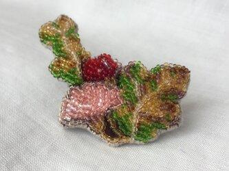 和柄  ビーズ刺繍ブローチ 葉の画像