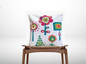 森のクッション Colorful Abstract flowersの画像