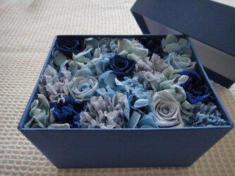 【作品紹介】BLUE フラワーBOX(青グラデーション)の画像