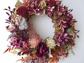 Twig Bordeaux wreathの画像
