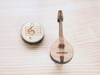 ブローチ music (マンドリン)の画像