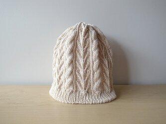 柔かなスーピマコットンのニット帽・エッグシェルの画像