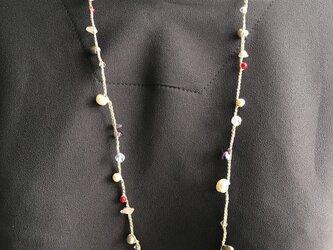 フランス製ラメ糸天然石&パール編み込みネックレスの画像