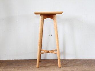 キッチンスツールA・アルダー材・座は四角の画像