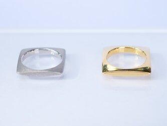 SQUARE Ring(GOLD)の画像
