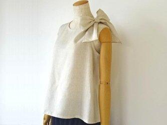 リネン・リボンを結ぶブラウス・生成りの画像