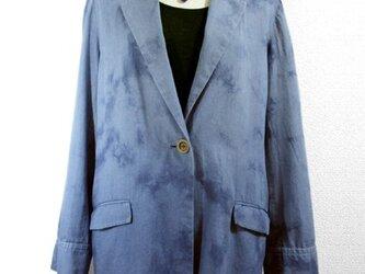 デニムジャケット(ムラ絞り染・青色濃淡)の画像