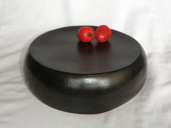 お値下げ!お買い得~黒い台皿(N-129)の画像