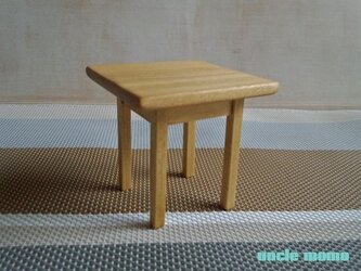 ドール用テーブル小(色:オーク) 1/12ミニチュア家具の画像