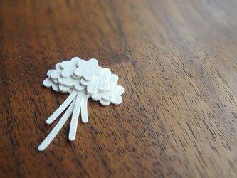 kami kami brooch 花束の画像