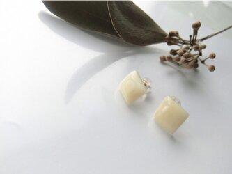 k10✼Makkoh pierced earringsの画像