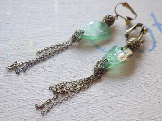 Roman Glass Vintage earringsの画像