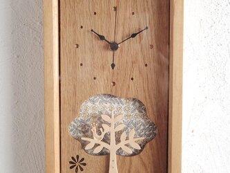 box clock 木と鳥 リバティの画像