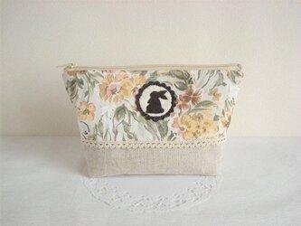 かわいいうさぎのポーチ(イエロー花柄×リネン)の画像