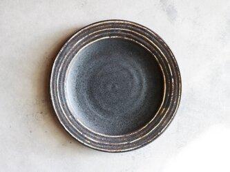 伊豆土リムストライプの九寸皿(黒釉)の画像