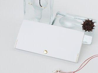 スマート長財布 ホワイト(イタリア牛革・メンテナンスフリー) 薄い、軽い、ふうきんマチの長財布♪の画像