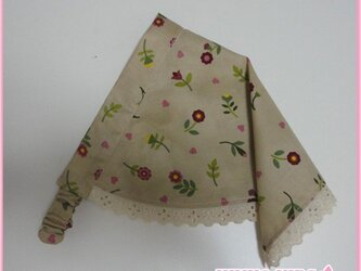 レースの三角巾−子供用(ブラウン)の画像