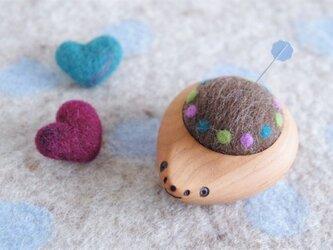 ハリネズミの羊毛ピンクッション【針山】みずたまリング むらさきの画像