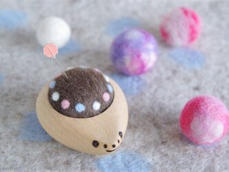 ハリネズミの羊毛ピンクッション【針山】みずたまリング パステルの画像