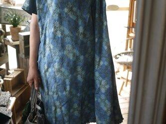 青正絹フリルストンとワンピースの画像