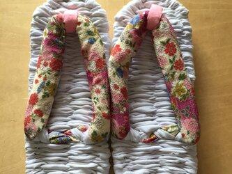 布ぞうり 鼻緒:ちりめん風ピンクの花柄 浴衣地 24~25cmの画像