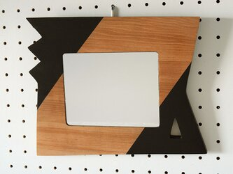小さいウォールミラー(zigzag and trigone)の画像