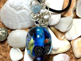 【とんぼ玉×ワイヤーアート】海玉 クマノミと海月【送料無料】の画像