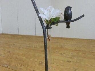 小鳥と枝の一輪挿し スタンドタイプの画像