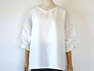 リネン・ふっくら袖の楽ちんブラウス・オフホワイトの画像