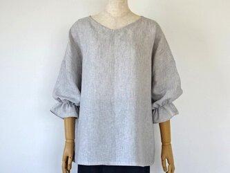 リネン・ふっくら袖の楽ちんブラウス・アイスグレーの画像