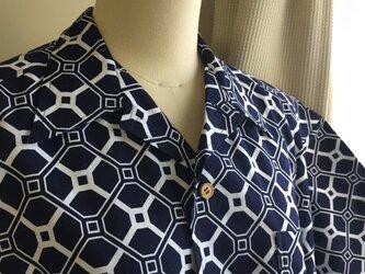 2L〜3L・浴衣シャツ(メンズ向け)幾何学模様2の画像