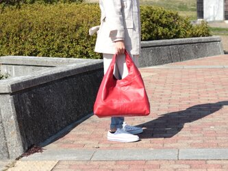 柔らかな本革 トートバッグ 軽量 ポニースムース レッド 馬革 赤【送料無料】as-09psの画像