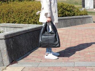 柔らかな本革 トートバッグ 軽量 ポニースムース ブラック 馬革 黒【送料無料】as-09psの画像