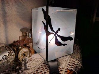 ステンドグラス~とんぼのランプの画像