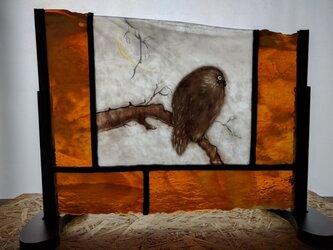 ステンドグラス~ふくろうのパネルの画像