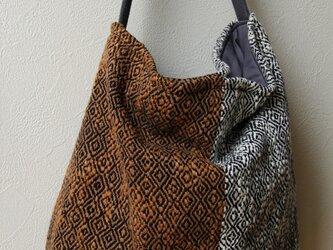 手織り布・藍染めヘリンボーン ワンショルダーバッグⅡの画像