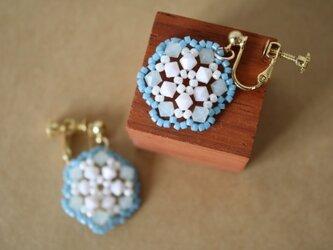 【再販】ビーズレース(ブルー) のイヤリングの画像