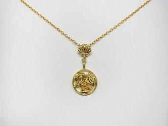 『CREA贈り物バイブル』掲載商品*ハンガリーの刺繍モチーフ花と丸の揺れる華やかネックレスYG platedの画像