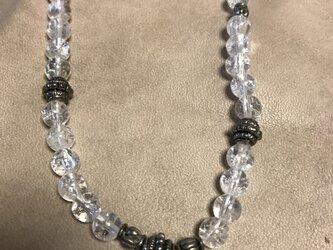 クラック水晶のネックレスの画像