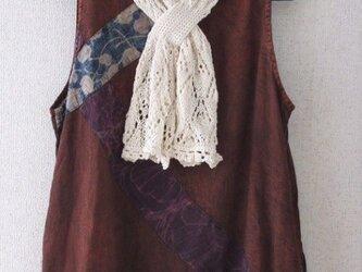 透かし模様のサラサラストール(リボン風)の画像