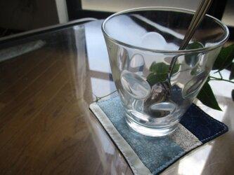着物生地のコースター(白青)の画像