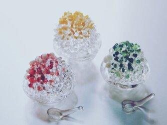小さなかき氷のオブジェの画像