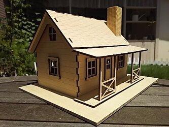 組立て式のミニチュアハウス(カントリーハウス)の画像