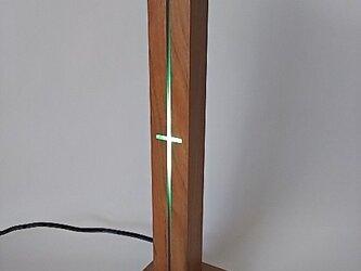 アメリカンチェリーのアクアブルーLEDのナイトスタンド(常夜灯)の画像