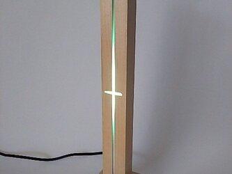 ハードメープル材とアクアブルーLEDのナイトスタンド(常夜灯)の画像