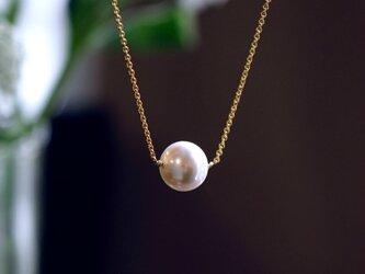 大粒貝パールの一粒ネックレス ~Petronaの画像