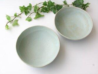 ほわーんと二色の皿の画像