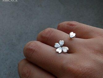 Simply Sakura Ring:銀925桜リング(御影宝飾工房)の画像