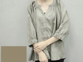 en-en・フランスリネン・前開きスキッパーシャツ・濃い灰汁色(あくいろ)の画像